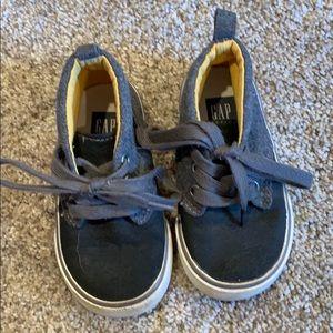 Size 6 GAP shoes